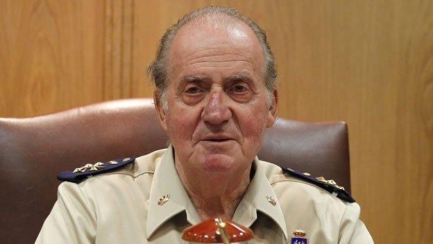 Video: El rey Juan Carlos de España golpea a su chofer