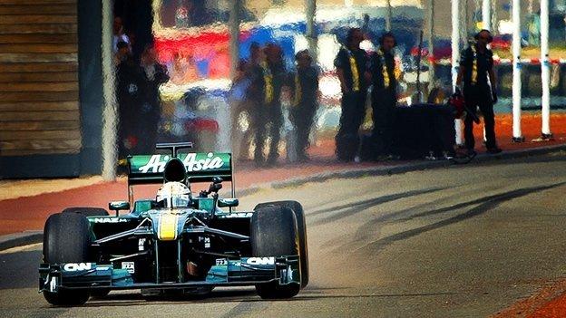 Nuevas carreras de autos Fórmula E - Fórmula 1 vs. Fórmula E