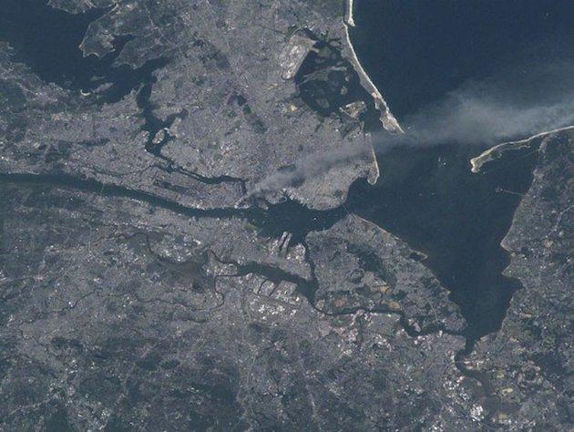 Foto: Así se vió el 11-S desde el espacio