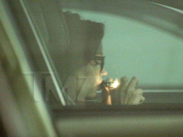 Amanda Bynes se droga mientras maneja - Fotos