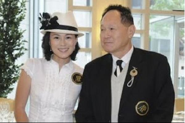 Ofrece una fortuna al hombre que se case con su hija gay