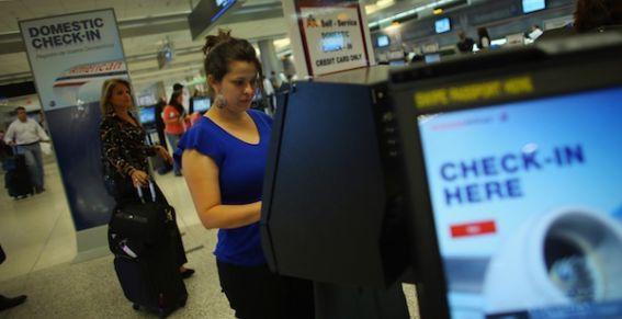 Estados Unidos decide quién viaja y quién no a México