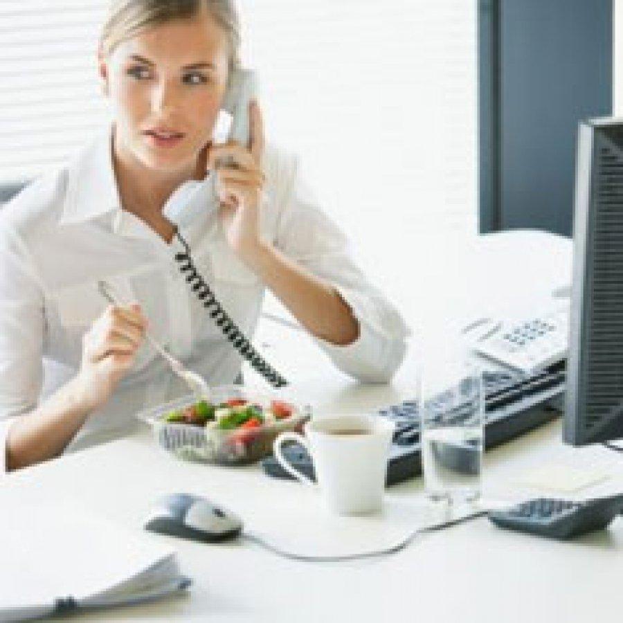 ¿Almorzar en el trabajo mejora el rendimiento?