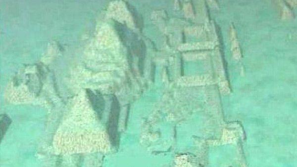 Fotos y video: Hallan una ciudad sumergida en el Triángulo de las Bermudas
