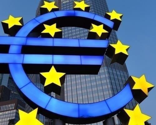 Europa estudia crear una moneda paralela ante la crisis