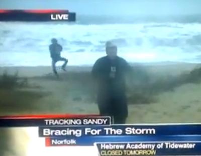 Video insólito: Bailan el Gangnam Style en pleno huracán Sandy