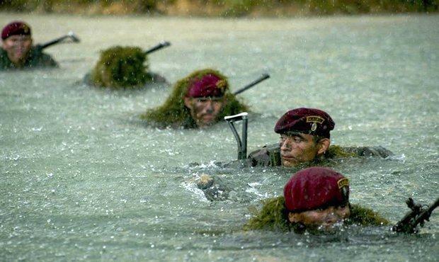 Video: Conoce el ejército más violento del mundo