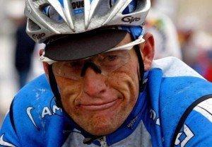 Lance Armstrong pierde todos los Tours de Francia y es sancionado de por vida