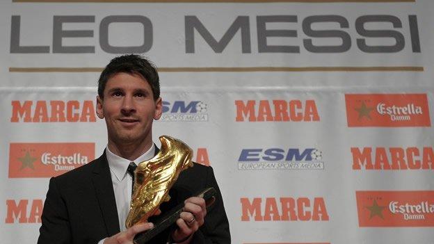Lionel Messi recibe la la Bota de Oro