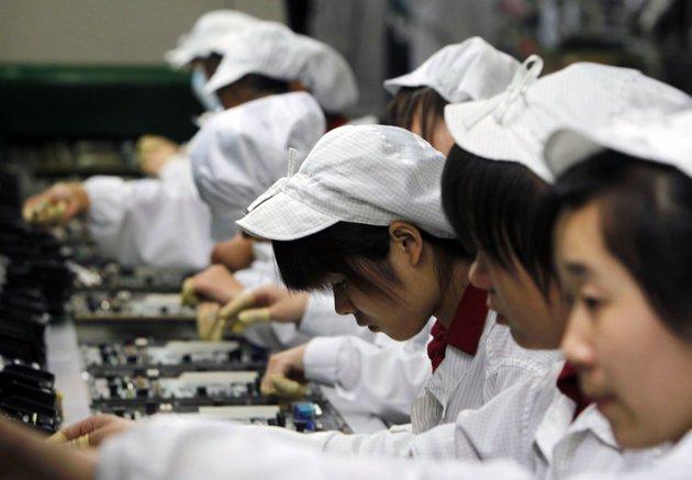 Niños de 14 años fabrican iPhones