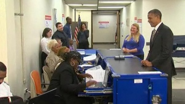 Video: Barack Obama emite su voto anticipado en Chicago