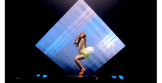La nueva versión de Gangnam Style 'Sexy baby' - Video