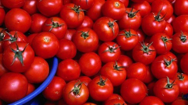 Comer tomate reduce el riesgo de derrames cerebrales