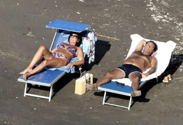 Fotos: Así vive el 'capitán cobarde' del Costa Concordia