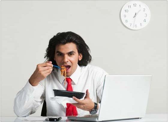 Conoce el horario en que más engordamos