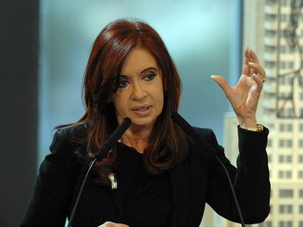 Cristina Fernández, presidenta de Argentina, cobra pensión por viudez