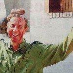 Fotos escándalo: Funcionario cazó un ciervo y posó con los testículos