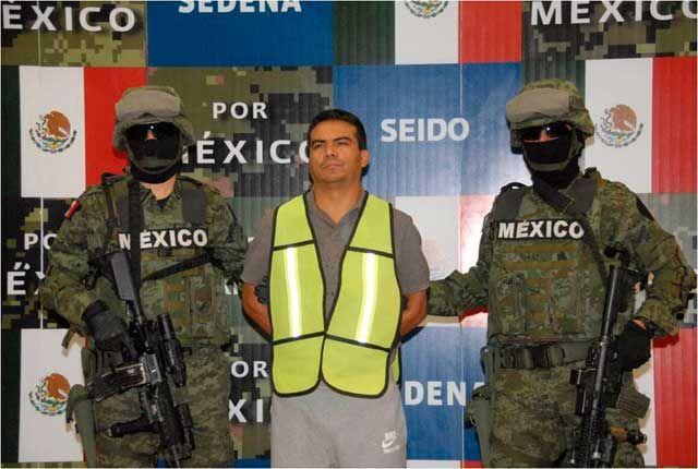 Fotos y video: Detiene a 'El Muñeco' operador de 'El Chapo'