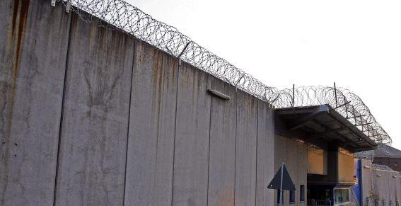 Extravían una llave que abre 180 celdas de una prisión