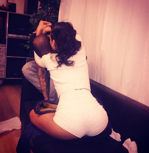 Foto: Rihanna y Chris Brown confirman su regreso