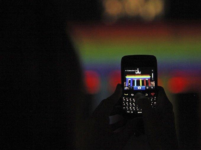 Nueva app de Blackberry para bloquear celulares de manera remota