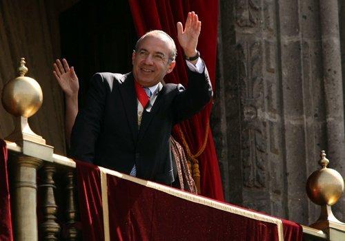 Por qué los ex presidentes de México abandonan el país