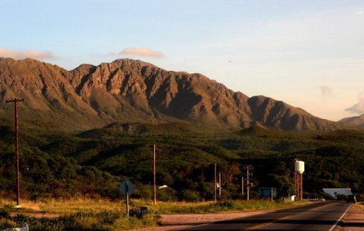 Cierran acceso a cerro por temor a 'suicidio masivo'