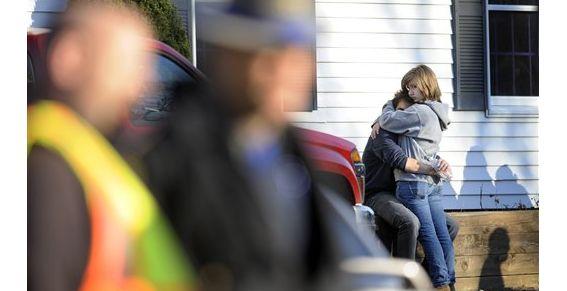 Dos sobrevivientes en la masacre de la escuela primaria de Connecticut
