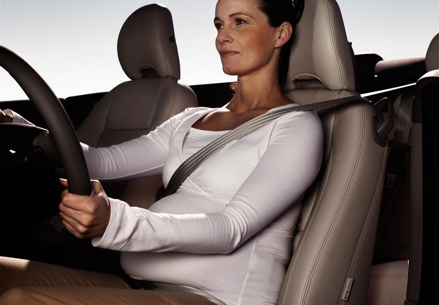 Video: La forma correcta de usar el cinturón de seguridad en el embarazo