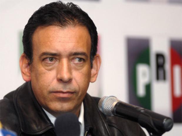 Humberto Moreira denunció a Felipe Calderón en La Haya