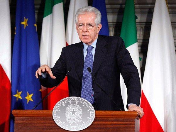 Renunció el Primer Ministro de Italia Mario Monti