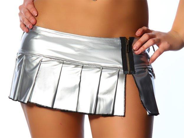Conoce el país que prohíbe las minifaldas para evitar violaciones