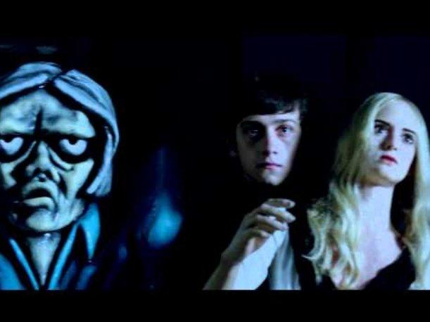 Video 'Here with me' de The Killers dirigido por Tim Burton