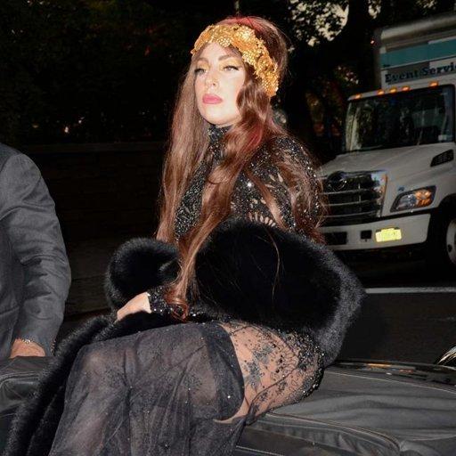 Insólito autógrafo de Lady Gaga a una fan