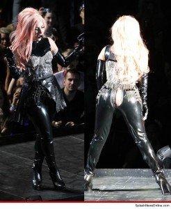 A Lady Gaga se le rompe el pantalón en pleno recital - Fotos