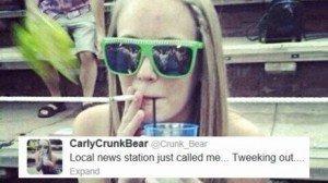 Detienen a una maestra por tuitear fotos al natural
