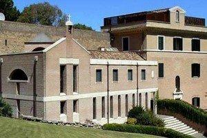 Fotos de la casa donde vivirá Benedicto XVI tras su renuncia