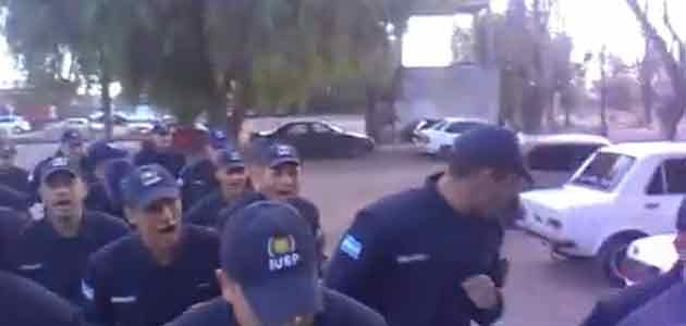 Video: respuesta de cadetes argentinos a los cánticos chilenos