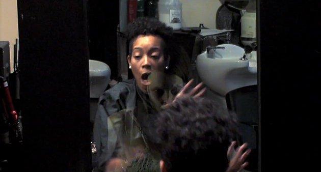 Video espeluznante: fantasma aterra salón de belleza