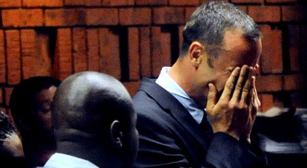 Ordenan prisión preventiva para Óscar Pistorius