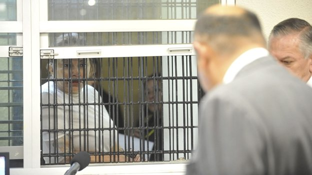Esther Gordillo recibe atención médica en el penal de Tepepan