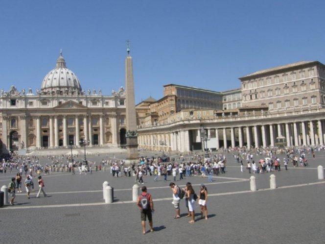 Frustran intento de suicidio en la Basílica de San Pedro