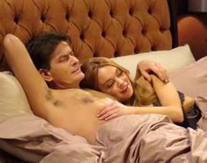 Las fotos de Lindsay Lohan y Charlie Sheen en la cama