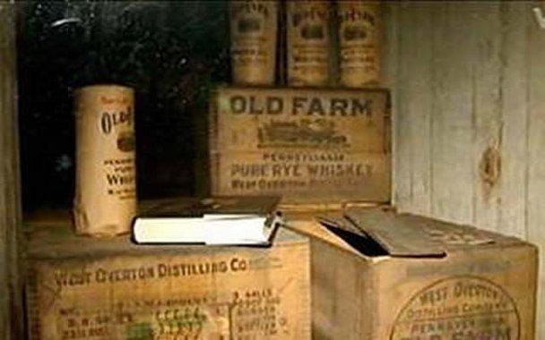 Denuncian a vigilante por beberse más de 100,000 dólares en whiskey