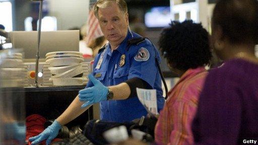 Conoce los chistes prohibidos en aeropuertos de Estados Unidos