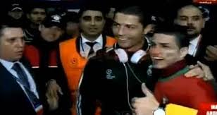 Video: Cristiano Ronaldo y su doble juntos
