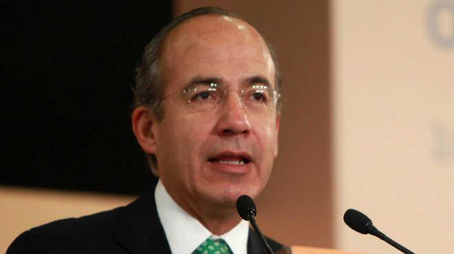 ¿Qué políticos se han quejado de Felipe Calderón?