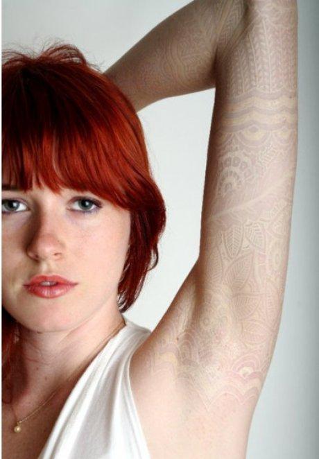 Ventajas y desventajas de los tatuajes blancos