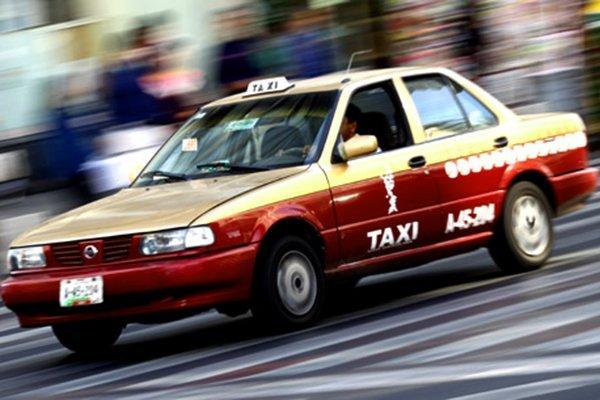 Cómo reconocer a un taxi seguro