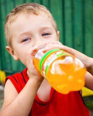Entérate qué alimentos dañan el esmalte dental